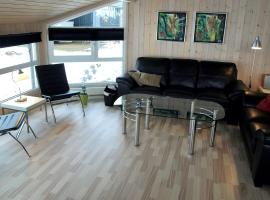 Hotel Photo: Three-Bedroom Holiday Home Kaskelotvej with a Sauna 07