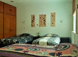 Hotel Photo: Hostal Abundantia