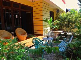 Hotel Photo: New House Padang
