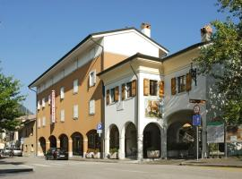 Hotel photo: Albergo Pittis