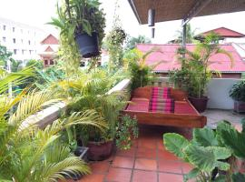 Hotel Photo: Golden Takeo Guesthouse