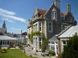 Hotel Photo: Purbeck House Hotel & Louisa Lodge