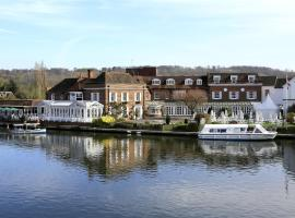 Hotel Photo: Macdonald Compleat Angler