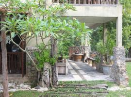 Hotel Photo: Sepat Village House by the Beach