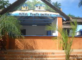Hotel Photo: Ponta Anchaca Lodge
