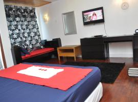 Hotel Photo: Delisha Homestay