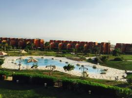 Hotel Photo: Three-Bedroom Apartment at Marina Wadi Degla