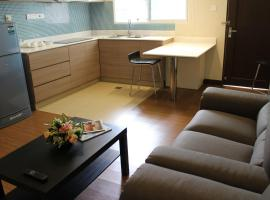 Hotel Photo: Riverside Residence by Gina Suite