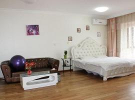 A picture of the hotel: Little Time Apartment