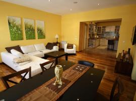 Foto di Hotel: Luxury Apartment Center