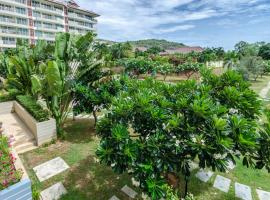 Hotel Photo: Fabulous Apartment Near Huahin