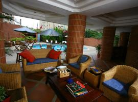 Hotel Photo: Costa Real Suites