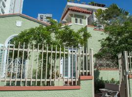 A picture of the hotel: Casa Isabel B&B