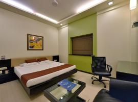 Hotel Photo: OYO Premium Dumas Road