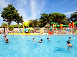 Hotel Photo: Camping Les Peupliers