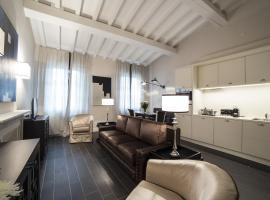 Superior Ognissanti Suite Florence Italy