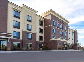 Hotel photo: TownePlace Suites by Marriott Detroit Commerce