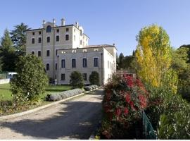 Hotel Photo: Villa Scalabrini