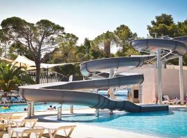 Hotel Photo: Camping Taxo Les Pins