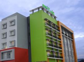 A picture of the hotel: Hotel Grand Praba Lampung
