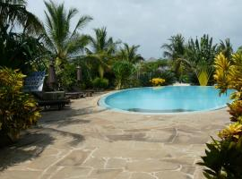 Hotel Photo: African Dream Cottages - Diani Beach