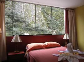 Hotel Photo: Adelas Hostal