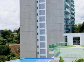Hotel Photo: Charming Two Bedroom with River view
