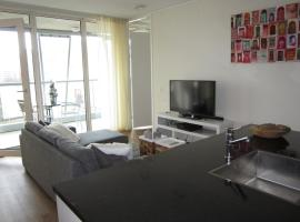 660 Calypso 2 bedroom Apartment with Private Parking and Gym,