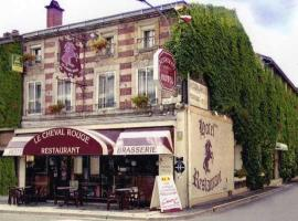 Hotel Photo: Le Cheval Rouge