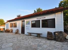 Hotel Photo: Kosta Bungalows