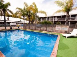 Hotel near  Alice Springs  airport:  The Swagmans Rest Apartments