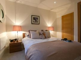 Soho Piccadilly Circus Apartment,