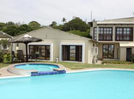 Hotel Photo: Catembe Beach Lodge