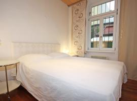 A picture of the hotel: Apartment Glasmalerei.1