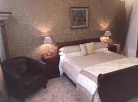 Hotel Photo: No50 Boutique Bed & Breakfast (Formerly known as Burma Rooms)