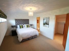 Hotel Photo: Award Winning Beautiful Quayside Kenilworth House