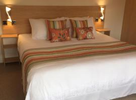 Hotel Photo: The Beaucliffe