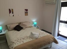 Hotel Photo: Young Paceville
