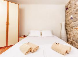 Hotel Photo: Apartment Old Town Rustic
