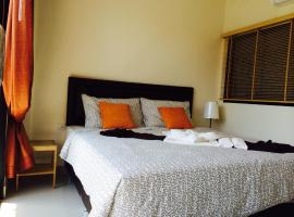 Hotel Photo: Montra Nakhon Guesthouse