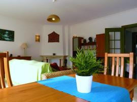 Hotel photo: Apartment with Garden by the Sea