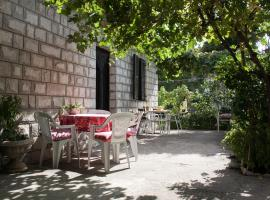 Cozy apartments Ulcinj Montenegro