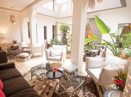 Hotel Photo: Riad & Spa Dar 73