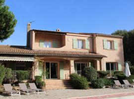 Hotel Photo: La Bastide du Bouchou