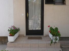 Hotel Photo: Apartment in Rab/Insel Rab 16261