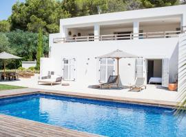 Hotel Photo: Villa Amantiga: Bohemian Luxury in Ibiza