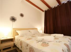Hotel Photo: Apartment Sweet Odette