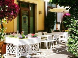 Hotel Photo: Hotel Ristorante Amitrano