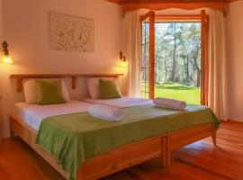Hotel photo: Nature Village Olympos