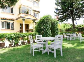 Hotel Photo: Swayambhu View Guest House